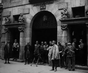 Besetzung des Münchner Gewerkschaftshauses in der Pestalozzistraße durch die SA am 2. Mai 1933